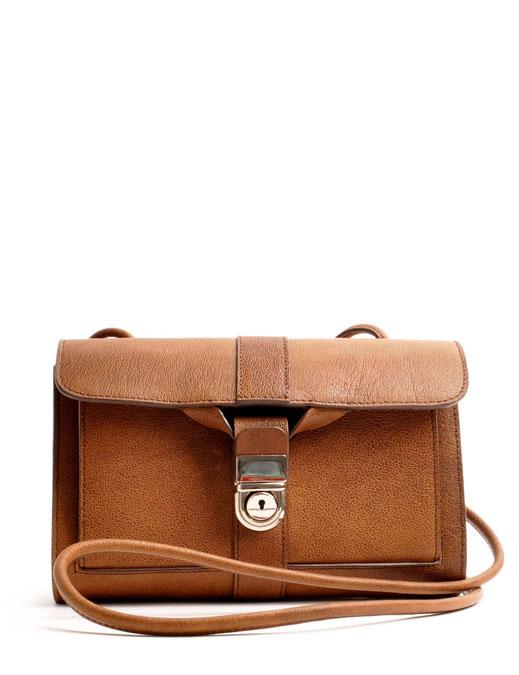 Trachtentasche Dirndltasche Schultertasche Vintagelook Clutch Leder braun OWA Tracht Modell COLETTE Online-Shop