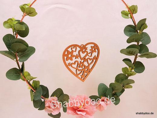 Metallring 30 cm kupfer rosegold mit Herz und Blumen dekoriert