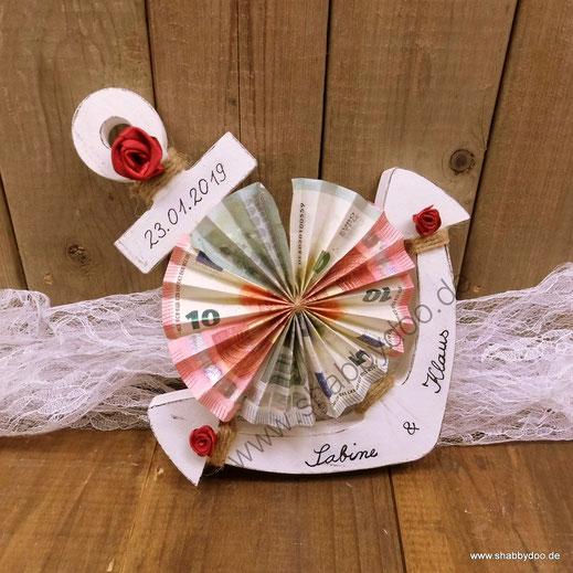 Geldgeschenk Hochzeit maritim Anker aus Holz personalisiert