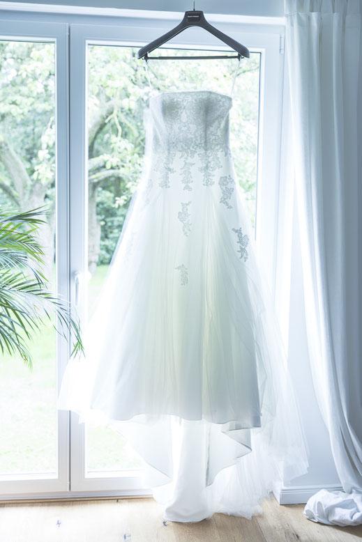 Hochzeitsfotograf Hamburg - Brautkleid