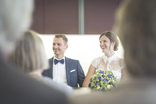 Hochzeitsfotograf Hamburg - Trauung im Standeamt