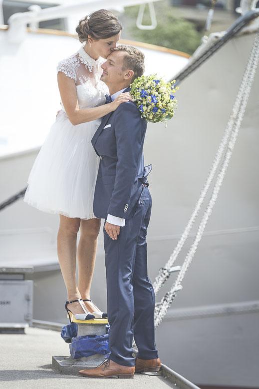 Hochzeitsfotograf Hamburg - Hochzeitsbilder im Museumshafen