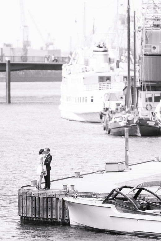 Hochzeitsfotograf Hamburg - Hafencity Brautpaar-Shooting