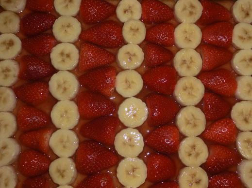 Gelee - Erdbeer Banane - Kuchen