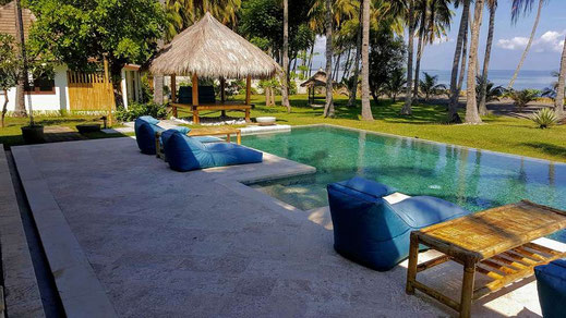 North Lombok villa for sale by owner. Beachfront villa for sale by owner