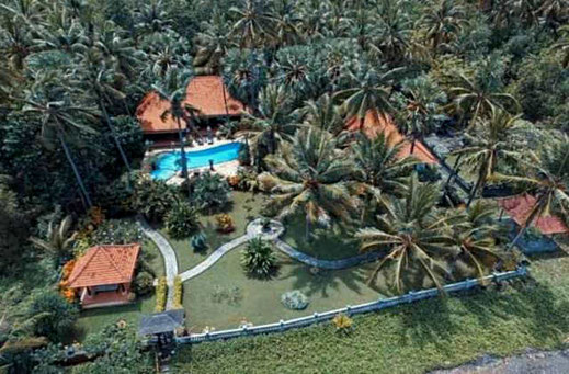 East Bali almost beachfront villa for sale by owner
