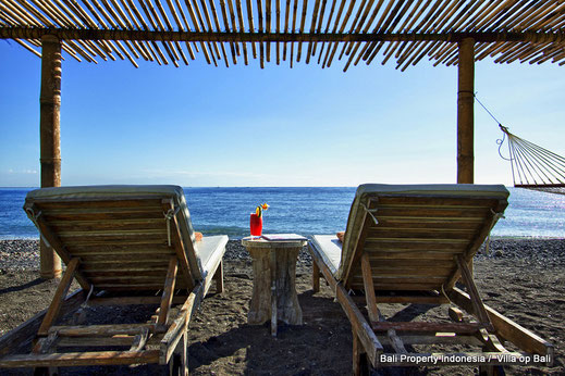 Amed, beachfront villa for sale by owner directly.