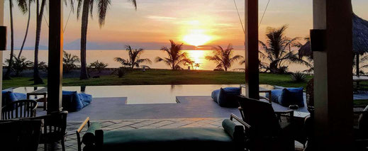 Lombok villa for sale by owner. Beachfront villa for sale by owner.