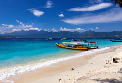 Gili's land for sale by owner. direct contact with owner.