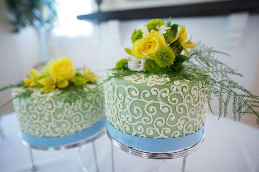 florales Konzept,  Egal ob privat - Geburtstagsfeiern, Taufen, Jubiläen, Dinner for two, geschäftlich - Betriebsfeiern, Verabschiedungen oder öffentlich - Vernissagen, Mode-Events, Konzerte. Für jeden Bedar
