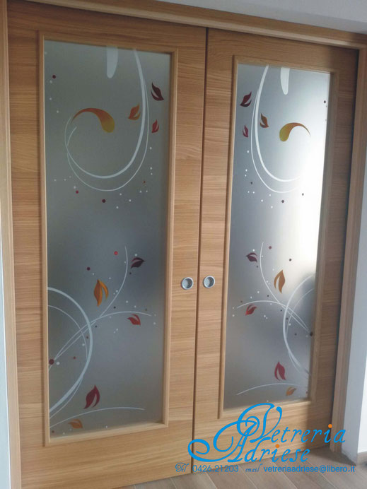 Vetrate sabbiate vetreria adriese - Vetri decorati porte interne ...