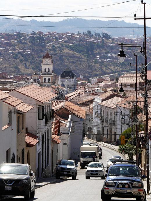Der Blick auf dem Weg in die Stadt, Sucre, Bolivien (Foto Jörg Schwarz)