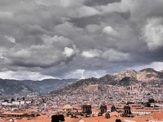 Auch schlechtes Wetter kann entzücken - Cusco, Peru (Foto Jörg Schwarz)