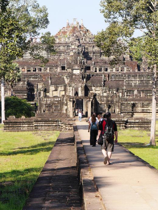 Sehr beeindruckend der Baphuon, den man besteigen kann... Baphuon, Kambodscha (Foto Jörg Schwarz)