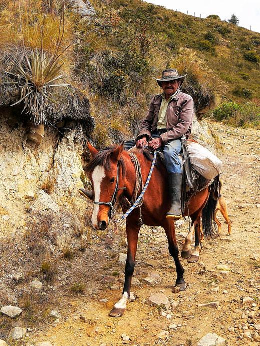 Wir treffen einen Campesino der Region auf dem Rückweg... Monguí, Kolumbien (Foto Jörg Schwarz)