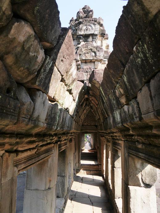 Heute gibt das teils eingestürzte Dach fantastische Blicke frei, Baphuon, Kambodscha (Foto Jörg Schwarz)