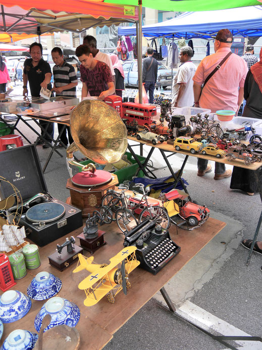 Sonntag in Ipoh? Flohmarkttime... Ipoh, Malaysia (Foto Jörg Schwarz)