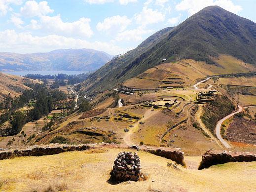 Die Anlage von Sondor ist in traumhafter Lage angesiedelt, Sondor, Andahuaylas, Peru (Foto Jörg Schwarz)