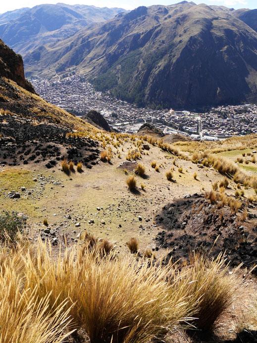 Steiler Aufstieg! Huancavelica, Peru (Foto Jörg Schwarz)