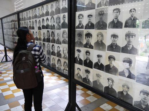Die Ausstellung der meist sehr jungen Täter, von denen im weiteren Verlauf der Geschehnisse widerum viele selbst Opfer wurden... Phnom Penh, Kambodscha (Foto Jörg Schwarz)