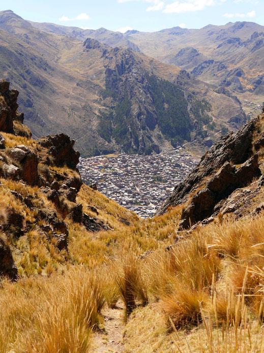 Es geht aufwärts... Caraz, Peru (Foto Jörg Schwarz)