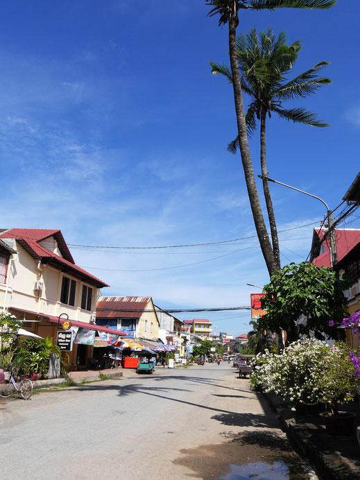 Das Flair der Stadt ist noch immer sehr tropisch... Kampot, Kambodscha (Foto Jörg Schwarz)