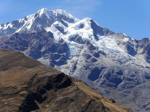 Der Gipfel des Giganten Illampu, Sorata, Bolivien (Foto Jörg Schwarz)