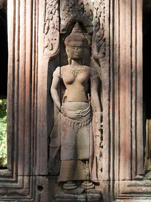 Auch hier wundervolle Devatas... Banteay Kdei, Kambodscha (Foto Jörg Schwarz)