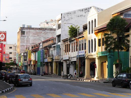 In der östlichen Altstadt mit Blick auf alte Storehouses, Ipoh, Malaysia (Foto Jörg Schwarz)