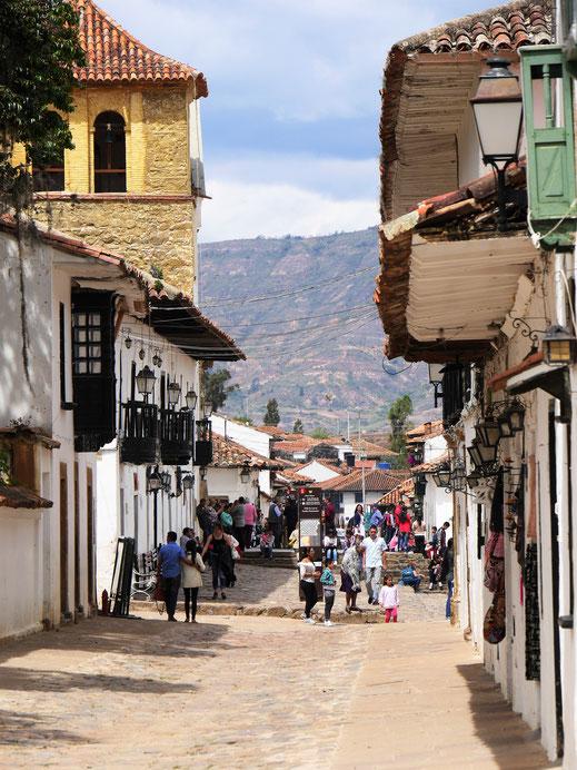Es ist in Ville eigentlich immer was los, auch Touristen sieht man häufig - aber es ist dennoch ruhig! Villa de Leyva, Kolumbien (Foto Jörg Schwarz)