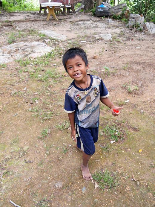 """Unser """"Guide"""" beim Tempel von Angkor Borei/Phnom Da, Kambodscha (Foto Jörg Schwarz)"""