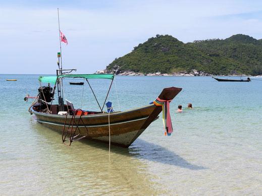 Fast verschwunden: Die traditionellen thailändischen Longtailboote, Koh Pha Ngan, Thailand (Foto Jörg Schwarz)