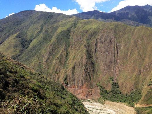 Schluchtenlandschaft bei Santa Teresa - kurz vor Machu Picchu, Santa Teresa, Peru (Foto Jörg Schwarz)