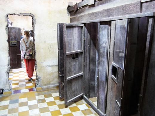 Absolut besuchenswert - trotz all seiner Schrecken: Das S21/Tuol Sleng-Museum, Phnom Penh, Kambodscha (Foto Jörg Schwarz)