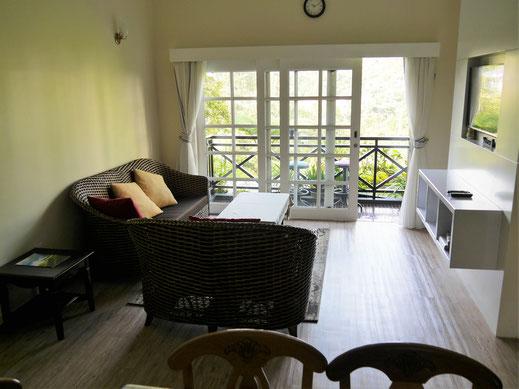 Unsere Wohnung - Rückzugsort mit Ausblick vom Balkon, Tanah Rata, Cameron Highlands, Malaysia (Foto Jörg Schwarz)