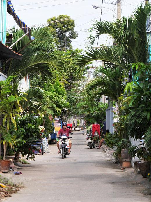 Es gibt ein paar schöne Straßenzüge... Chau Doc, Vietnam (Foto Jörg Schwarz)