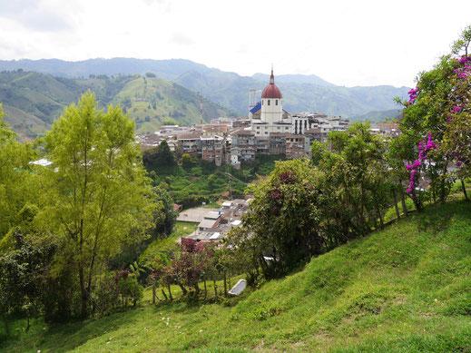 Eines der traumhaft schönen Städtchen nördlich von Manizales: Aranzazu, Kolumbien (Foto Jörg Schwarz)