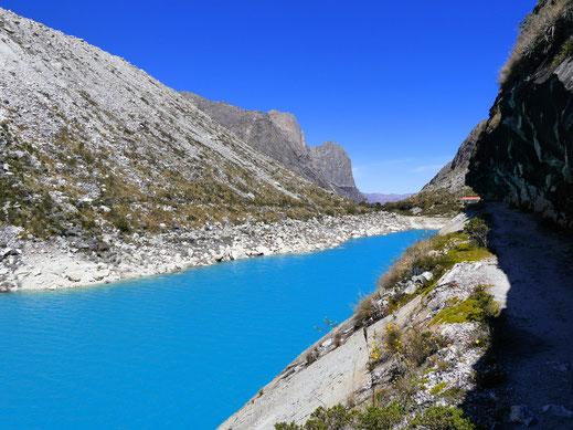 Was für eine grandiose Farbe der Natur... Laguna Parón, Cordillera Blanca, Peru (Foto Jörg Schwarz)