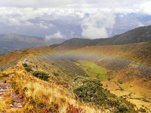 Sonne und Nieselregen bestimmen hier oft das Wetter - manchmal treffen sie sich! Monguí, Kolumbien (Foto Jörg Schwarz)