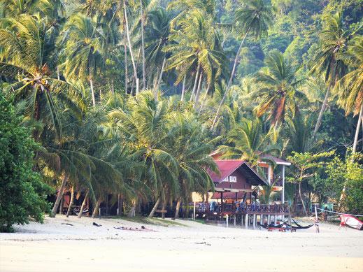 Was für eine wundervolle Kulisse am Juara Beach, Pulau Tioman, Malaysia (Foto Jörg Schwarz)
