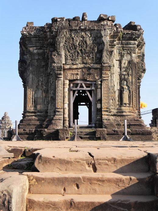 Der kleine Haupttempel im Zentrum von Phnom Bakheng, Kambodscha (Foto Jörg Schwarz)