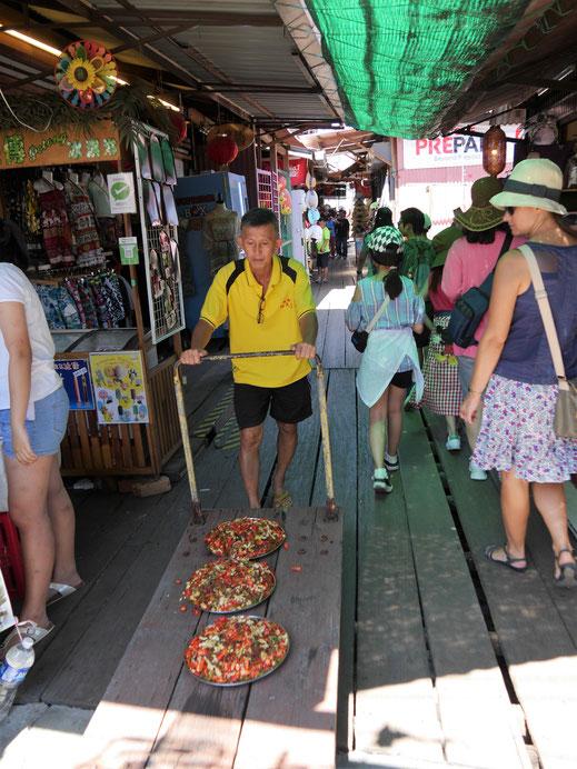 Spurenwechsler slowtravel slow travel Reiseblog Reisereportagen Reiseberichte Reisetipps Natur Kultur Weltenbummler Weltreise Fotografie Traveler Backpacker Malaysia Penang