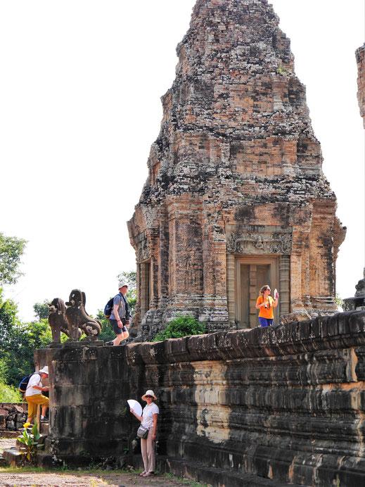 Erstmal einen Platz im Schatten suchen... Östlicher Mebon, Kambodscha (Foto Jörg Schwarz)