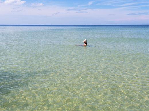 Und was für ein makelloser Strand... Ach nee: Sandfliegen...! Koh Kong Island, Kambodscha (Foto Jörg Schwarz)