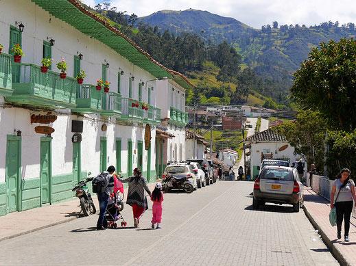 Beschauliches kleines Kolonialstädtchen in den Bergen, El Cocuy, Kolumbien (Foto Jörg Schwarz)