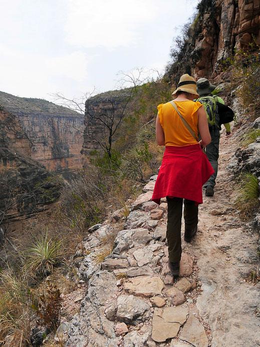 Gut 300 Höhenmeter geht es abschließend hoch... Toro Toro, Bolivien (Foto Jörg Schwarz)