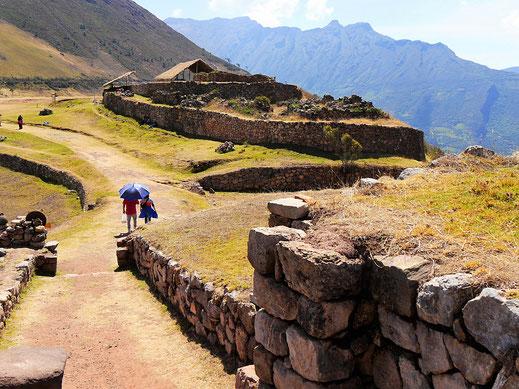Die archäologischen Strukturen sind in einen ausgezeichneten Zustand versetzt, Sondor, Andahuaylas, Peru (Foto Jörg Schwarz)