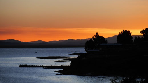 Wunderbare Sonnenuntergänge auf der Halbinsel Capachica, Santa Maria, Capachica, Peru (Foto Jörg Schwarz)
