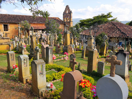 Der wundervolle Friedhof der Stadt, Barichara, Kolumbien (Foto Jörg Schwarz)