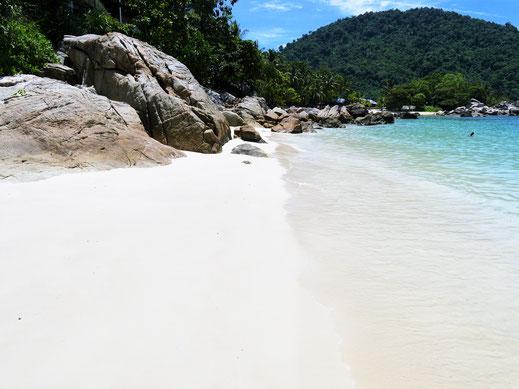 Nee, da will man nicht mehr weg... Teluk Pauh, Pulau Perhentian Besar, Malaysia (Foto Jörg Schwarz)
